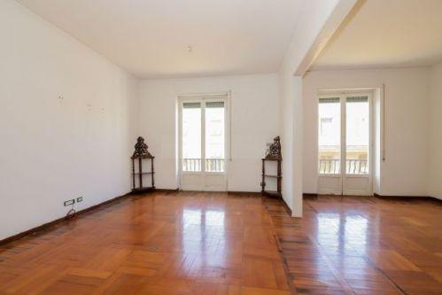 FOCE (PIAZZA ALIMONDA) vendiamo appartamento panoramico di ampia metratura (mq. 160)