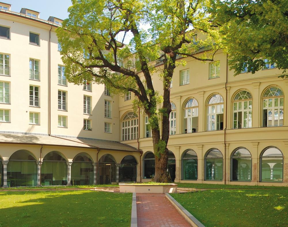 Genova (CORVETTO) Nel contesto esclusivo di un convento del 1200  vendiamo bilocale finemente arredato