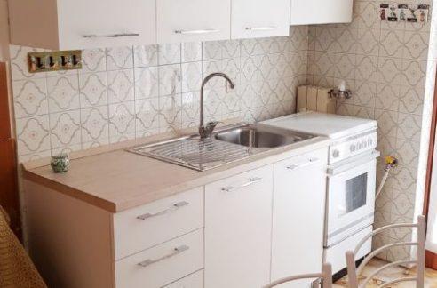 COGOLETO (LUNGOMARE) Affittasi appartamento arredato