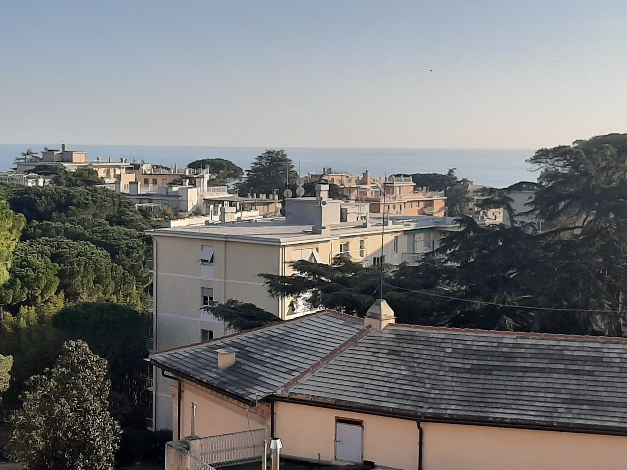QUARTO (PRIARUGGIA) Affittasi elegante appartamento ultimo piano con terrazzo