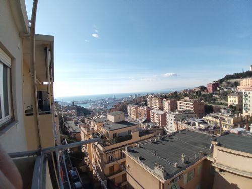 OREGINA (Via Casaccia) Ad. via Carbone vendiamo 65 mq con splendida vista mare