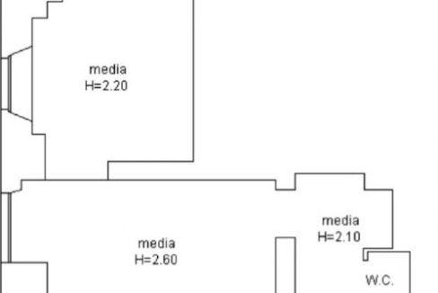 CENTROSTORICO (PELLICCERIA): vendiamo locale commerciale mq. 65