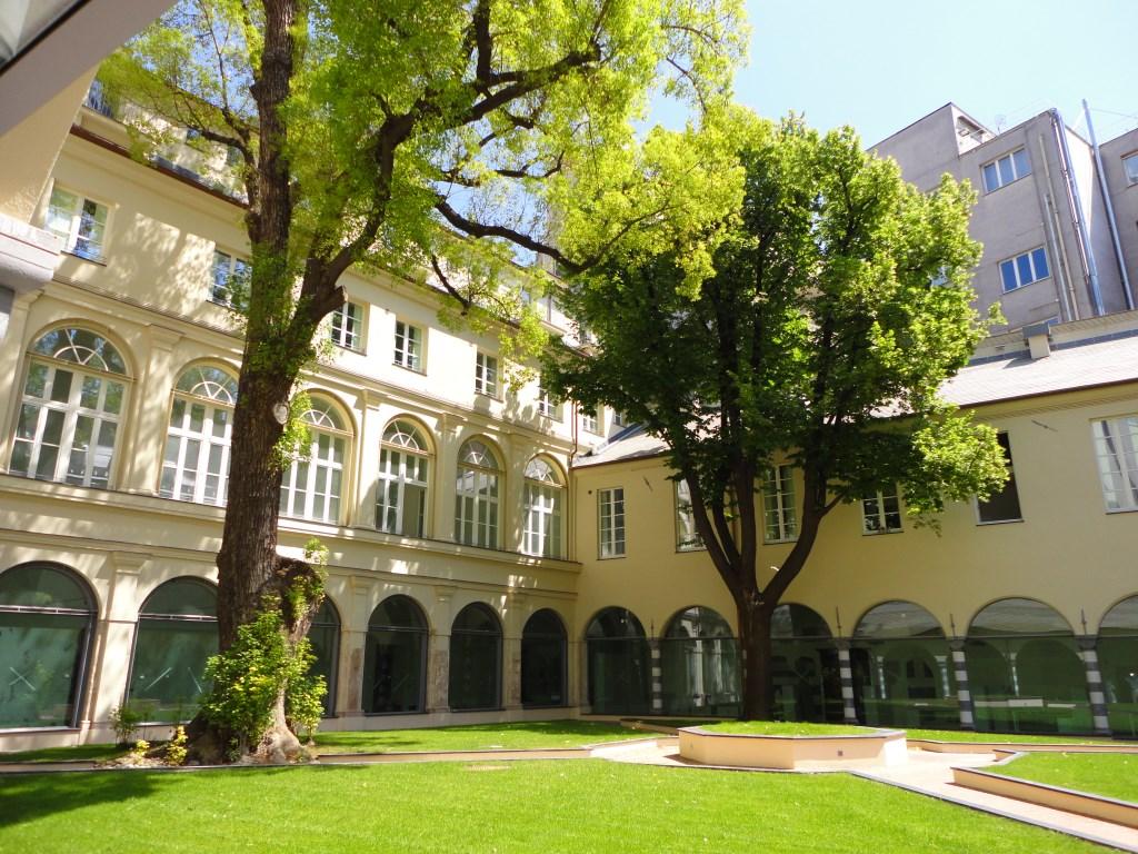Genova(GE) – CORVETTO – Centro città – VIA ASSAROTTI Affittasi bilocale arredato