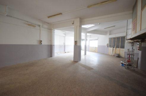 GENOVA (Rivarolo) Affittasi locale commerciale mq. 300