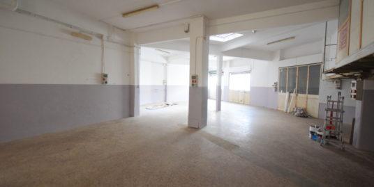 RIVAROLO (VIA MONTE SEI BUSI) affittiamo locale commerciale di mq. 300