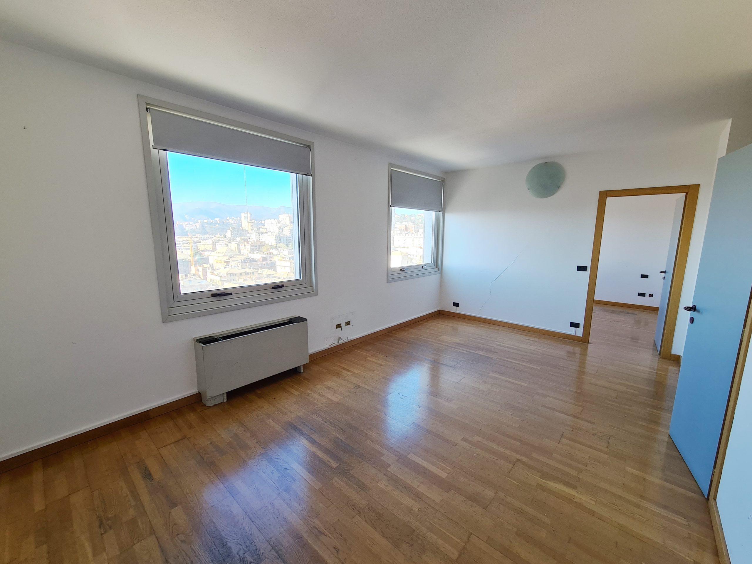 SAN BENIGNO (WTC) vendesi elegante trilocale panoramico