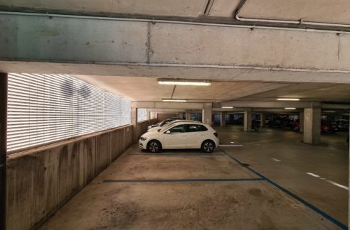 SAN BENIGNO/WTC (GENOVA OVEST) vendesi posto auto coperto