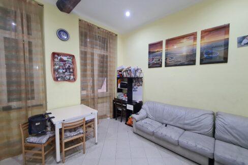 CENTRO STORICO (VICO CAMELIE) vendesi appartamento mq. 85