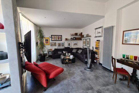 SAN FRUTTUOSO (Via Casoni) Vendesi appartamento ristrutturato mq. 174