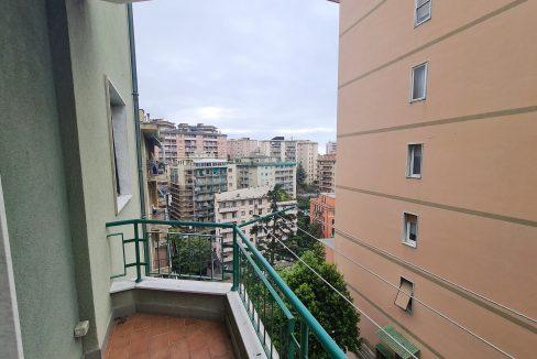 SAMPIERDARENA ( Corso Martinetti) Vendesi in contesto privato appartamento totalmente ristrutturato di 90 mq